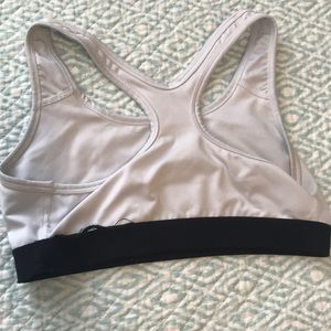 Nike Intimates & Sleepwear - Nike sports Bra